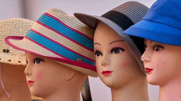 Zu viele Hüte
