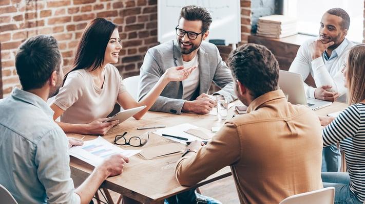 Der beste Anbieter im Outsourcing von Finanz- und Rechnungswesen Prozessen trägt zur Kosteneffektivität im Unternehmen bei und liefert hohe Qualität, Kompetenz und zukunftsweisende Technologien.