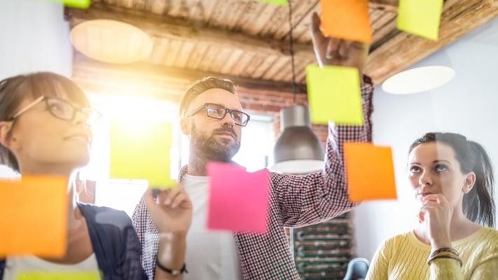 Das Outsourcing von Finanz- und Rechnungswesen Prozessen erfordert einen Partner, der proaktiv und vertrauensvoll mit dem Kunden zusammenarbeitet